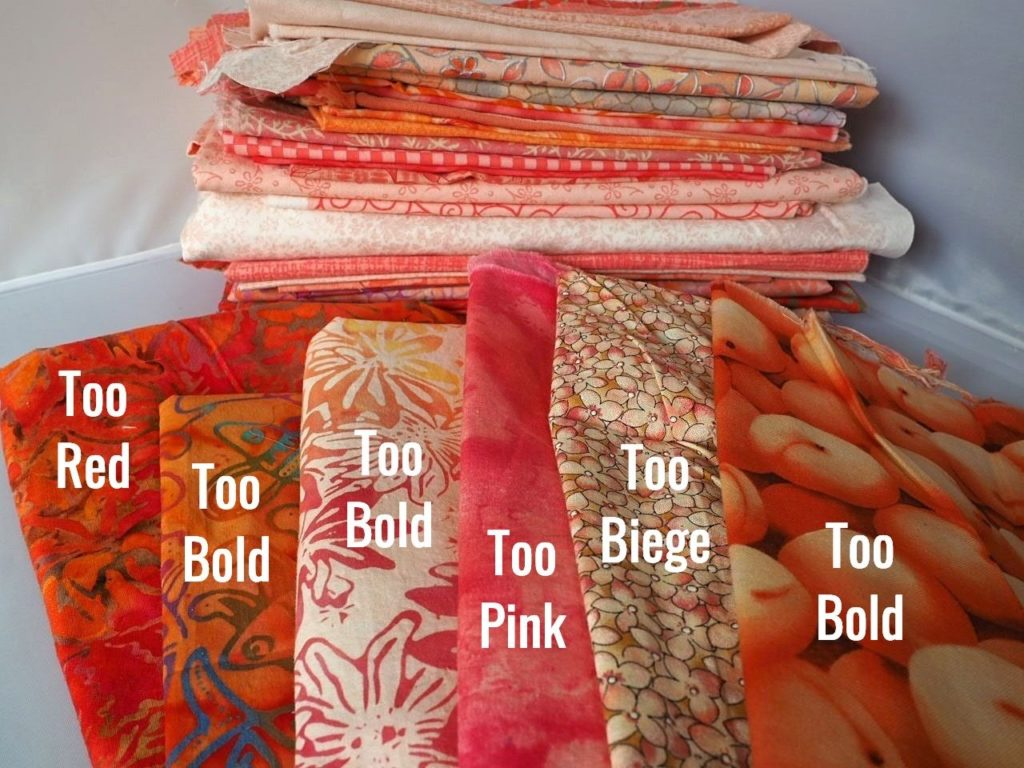 Tutorial demonstrating how to choose fabrics for an ombré (gradient) sewing project like a quilt or a table runner. createwithclaudia.com  #quilting #sewing #ombré