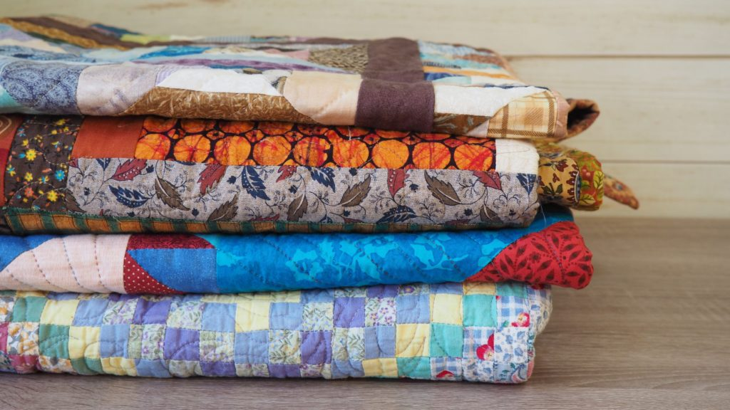 11 Worthy Places to Donate Quilts Locally - createwithclaudia - #quilting