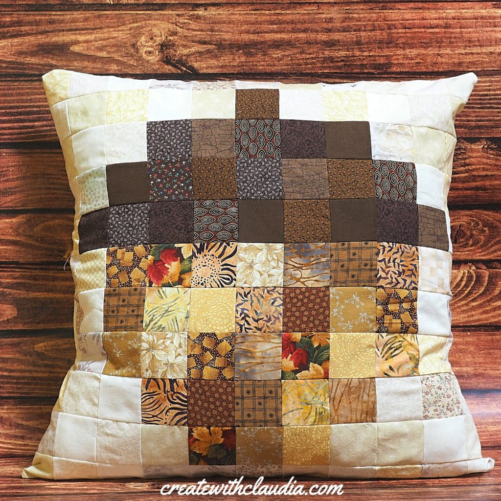 Pixelated Acorn Pillow Pattern