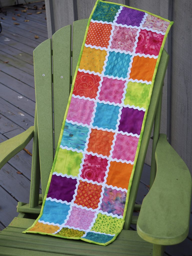 Rick Rack Table Runner - Free Pattern