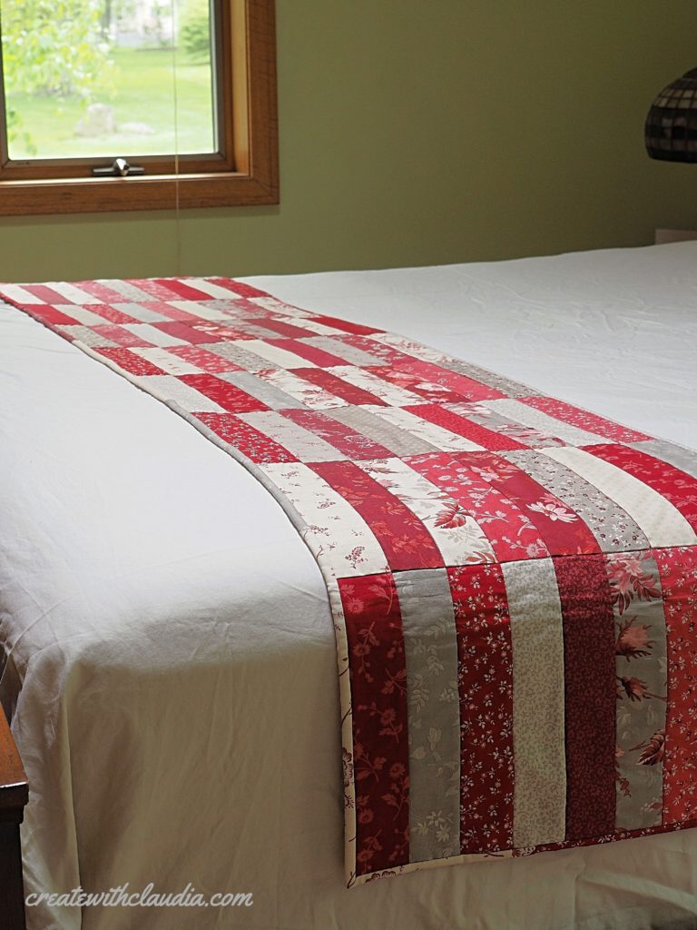 Jelly Roll Pattern - Turn 1 jelly roll into a table and bed runner with this easy pattern