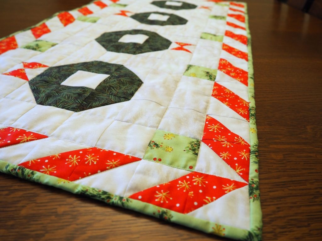 Christmas Wreath Quilted Table Runner Pattern